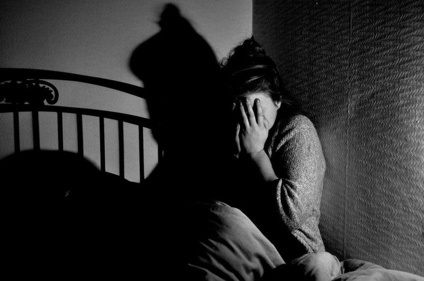 Почему мы боимся темноты? Наше поведение по-прежнему определяется доисторическими привычками
