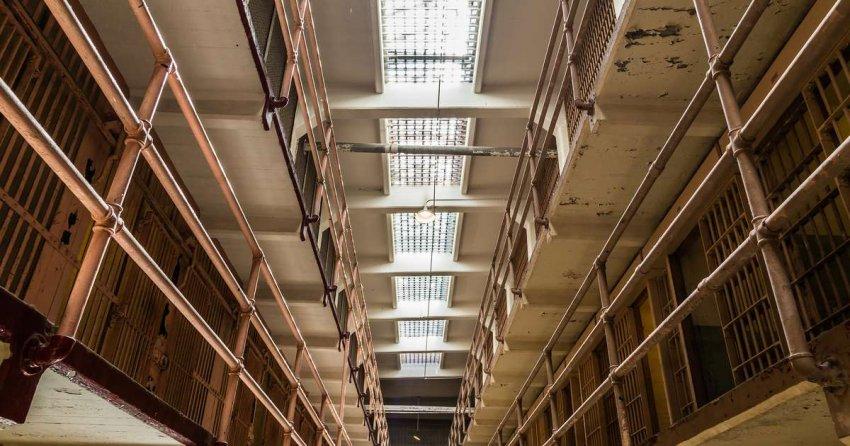 Свобода в поле зрения: 87 лет назад Алькатрас приветствовал первых заключенных