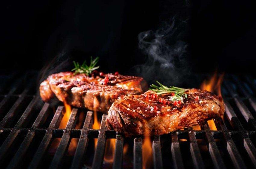 Вегетарианские стейки приобретают вкус говядины благодаря искусственному интеллекту