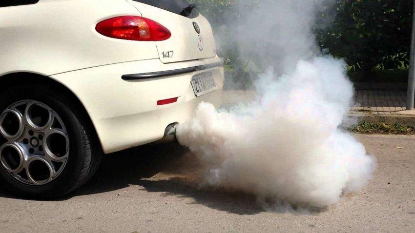Этилированного бензина больше нет, но загрязнение свинцом может сохраняться очень долго