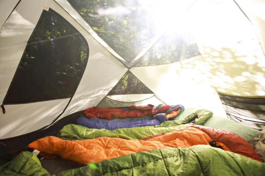 Топ 10 лучших кемпинговых спальных мешков