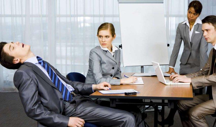 Почему четырехдневная неделя – не решение современного стресса на работе